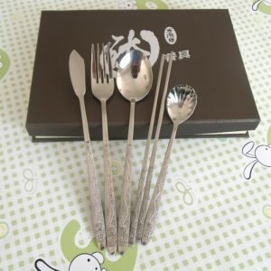 Pure-titanium-five-pieces-font-b-tableware-b-font-gift-box-packaging-style-Everything-goes-well5496.jpg